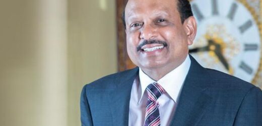 M.A. Yusuff Ali repays DH 400,000 debts of a paralyzed man in Dubai.